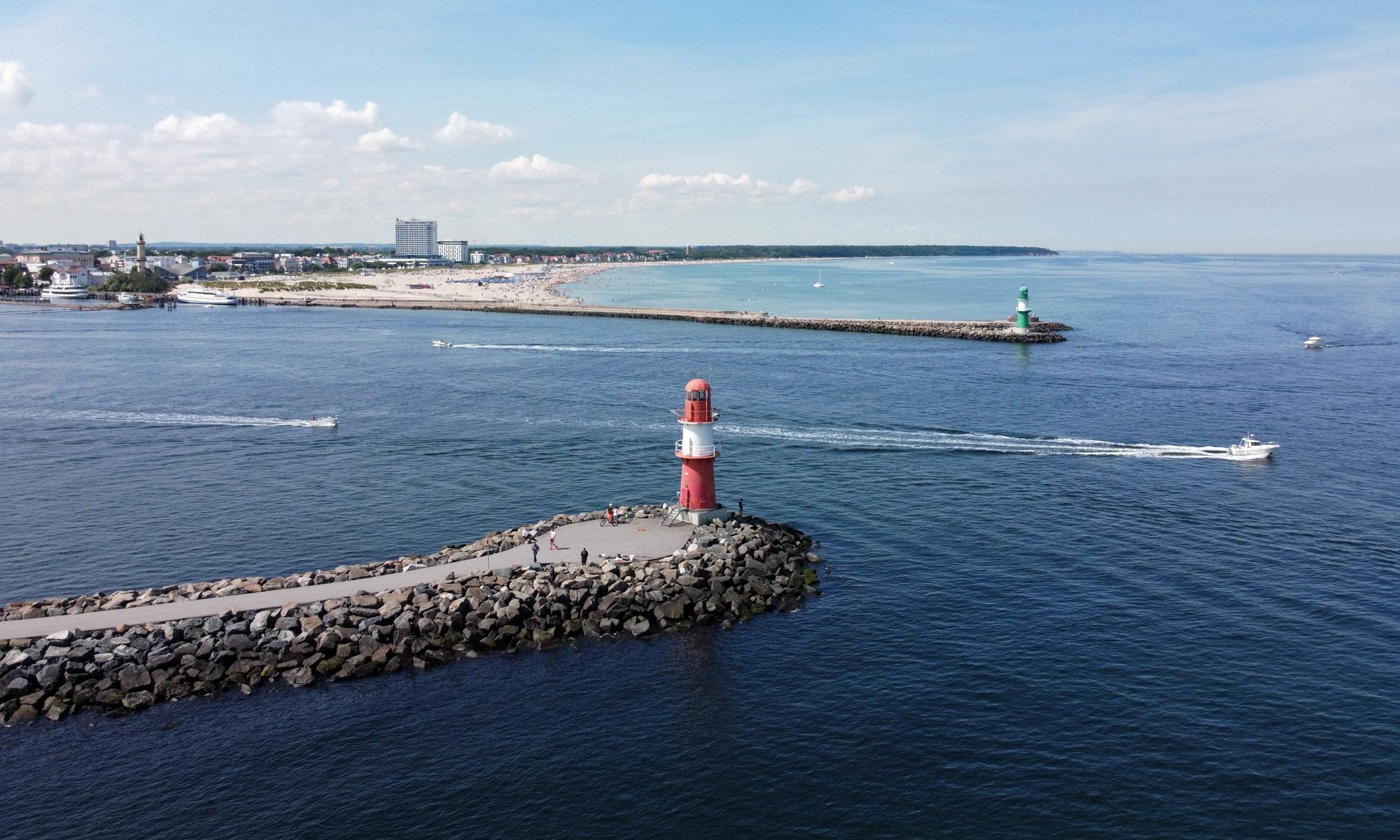 Warnemünde Hafeneinfahrt